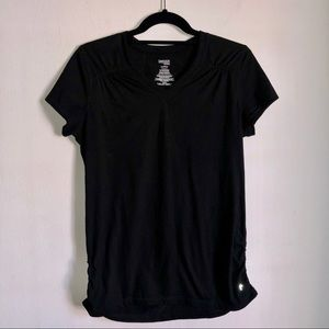 Fitted black athleisure workout top